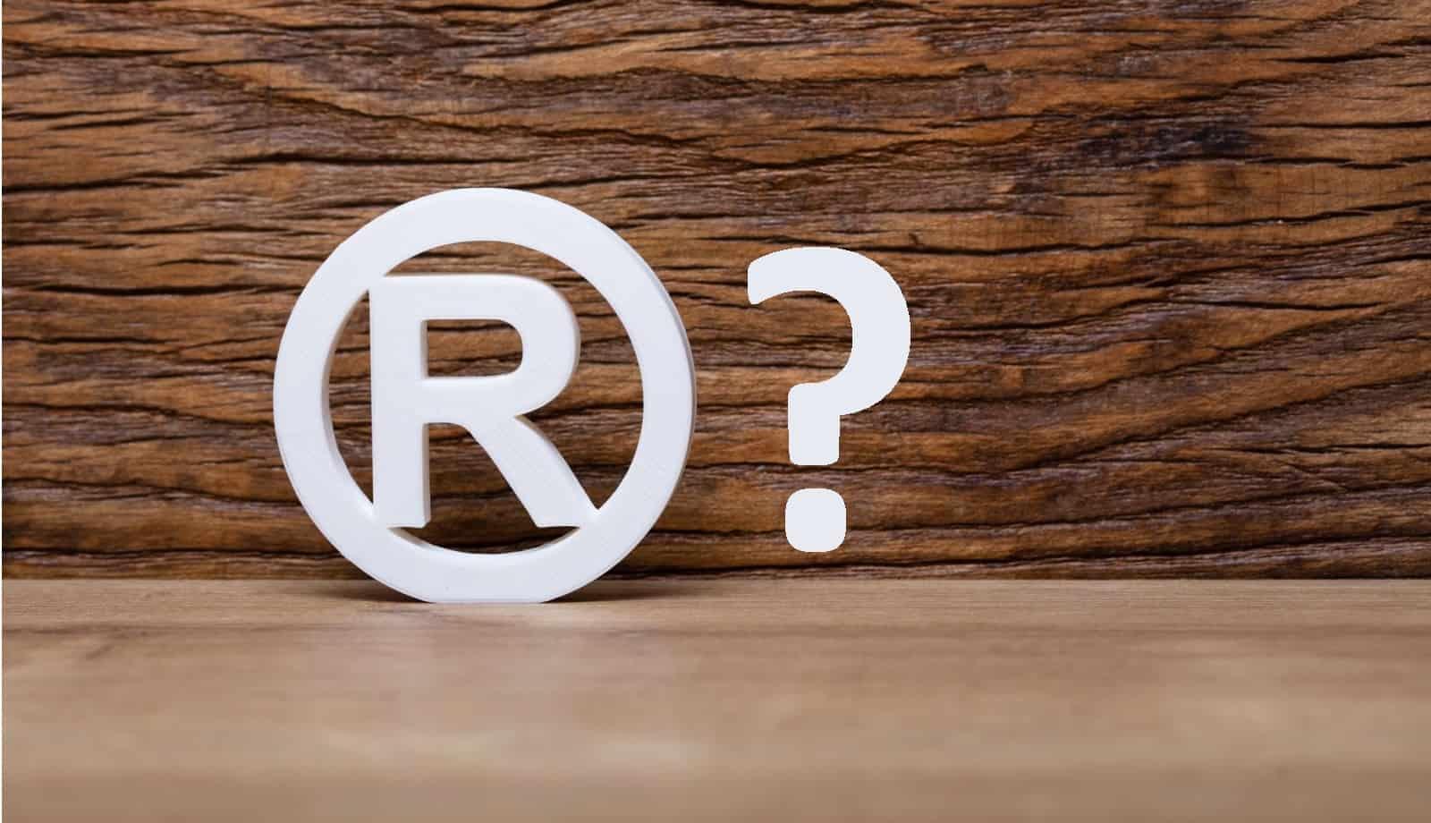 Jakim symbolem oznaczać zarejestrowane wzory przemysłowe